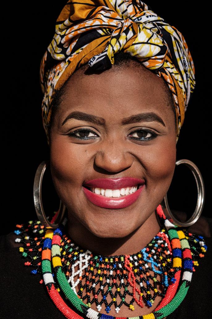 Titi Luzipo | singer